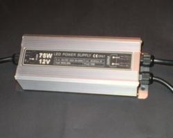 Waterproof transformator 12 Volt 80 Watt  per stuk